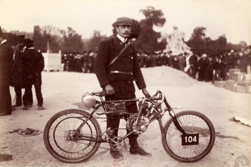 Tandem Derny: êtes-vous bi ? 0-Cl%C3%A9ment-424-Autocyclette-1903-Paris-Madrid-L%C3%A9on-Derny