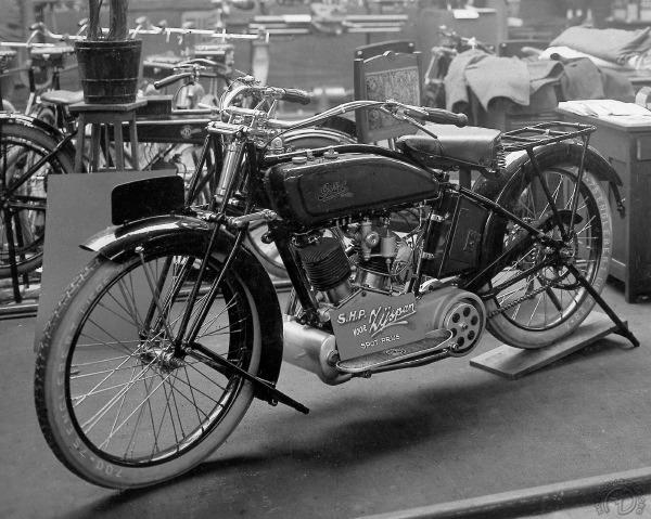 La Gillet 1000 telle qu'elle fut présentée en 1922 (extrait du livre Gillet de Yves Campion).