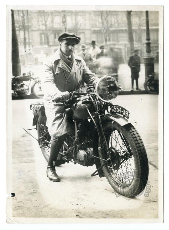 Peugeot 350 P105 - Paul Péan janvier 1928