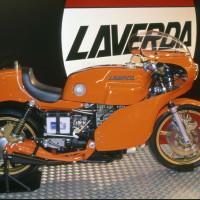 La V6 reconstruite au début des années90 à partir des pièces restées à l'usine.