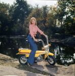 1973 : La version AVL à suspension arrière du X7 ne manque pas de charme, mais elle vaut 400 F de plus soit un tiers plus cher.