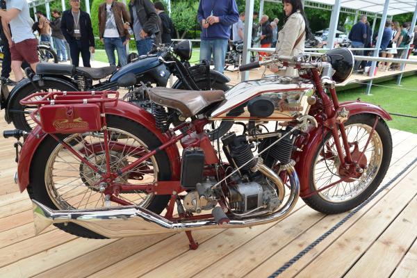 Motos Standard : le simple ACT né du protectionnisme 2-Standard-1000-BT-1930-51