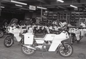 Première livraison à la Police en 1984 avec l'Interpol II qui reprend un carénage plus qu'inspiré par BMW.