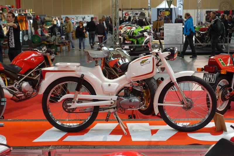 premier 2 temps Ducati - version France - Monovitesse (Pium = 3 vitesses à main)