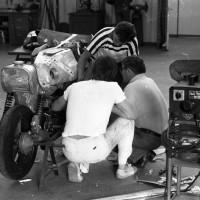 Aout 1978: La nouvelle partie arrière en aluminium, comme le réservoir d'essence, intègre un réservoir d'huile.