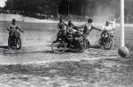 Jusqu'en 1970, le goal défend sa cage au guidon d'une moto, qu'il ne peut lâcher, qu'au départ du coup de pied adverse visant ses buts.