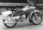 Le Taon 125 Derny devant le salon de Paris en 1957