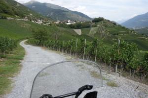 Sur les chemins des vignobles entre Leuk et Fully
