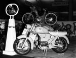 Regroupé en 1955 avec ses cousins auvergnats Gima et Motobloc RSI, Favor présente cette 125 deux temps à moteur AMC Elan à 4 vitesses au pied qui ne sera finalement jamais produite.