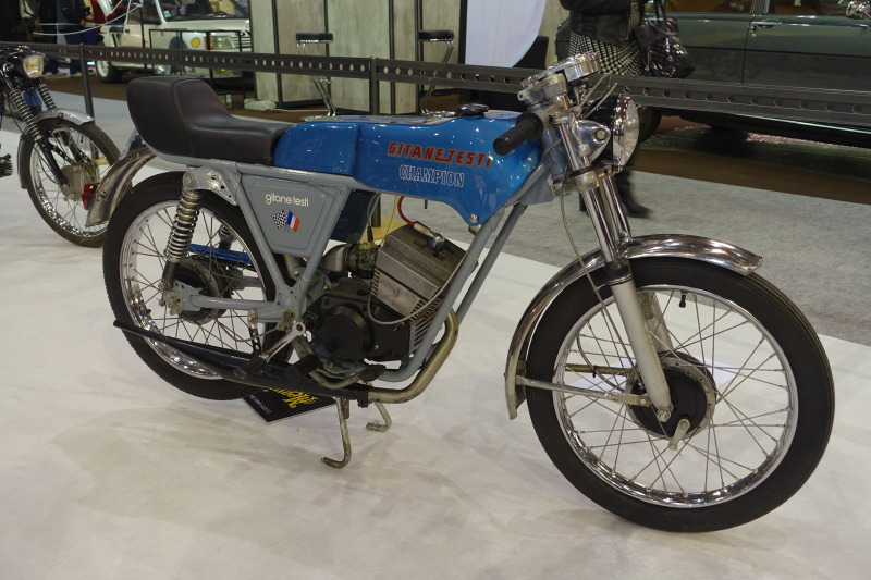 L'association du  constructeur de cycles français Gitane à Machecoul et de Testi en Italie a donné naissance à ce 50 Champion Super Gran-Sport de 1972 à moteur Minarelli 6 vitesses, donné pour 85 km/h