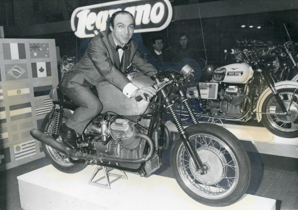 Années 60 : L'Italie lance ses twins Guzzi-750-V7-Record-Sport-proto-Krajka-mln-1969-2-1