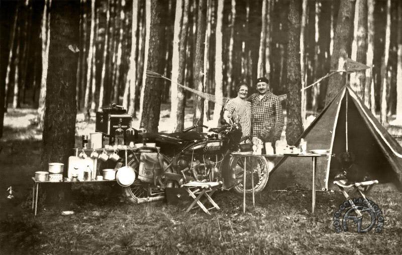Camping en Indian vers 1928