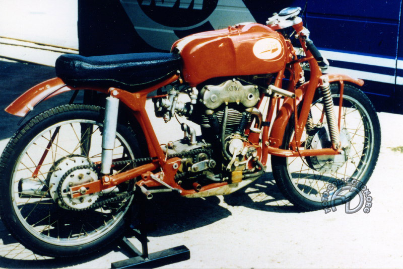 KTM 175-1957-002