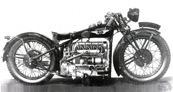 Mc Evoy 1927-29: JAP en V, 4 cylindres et mono maison