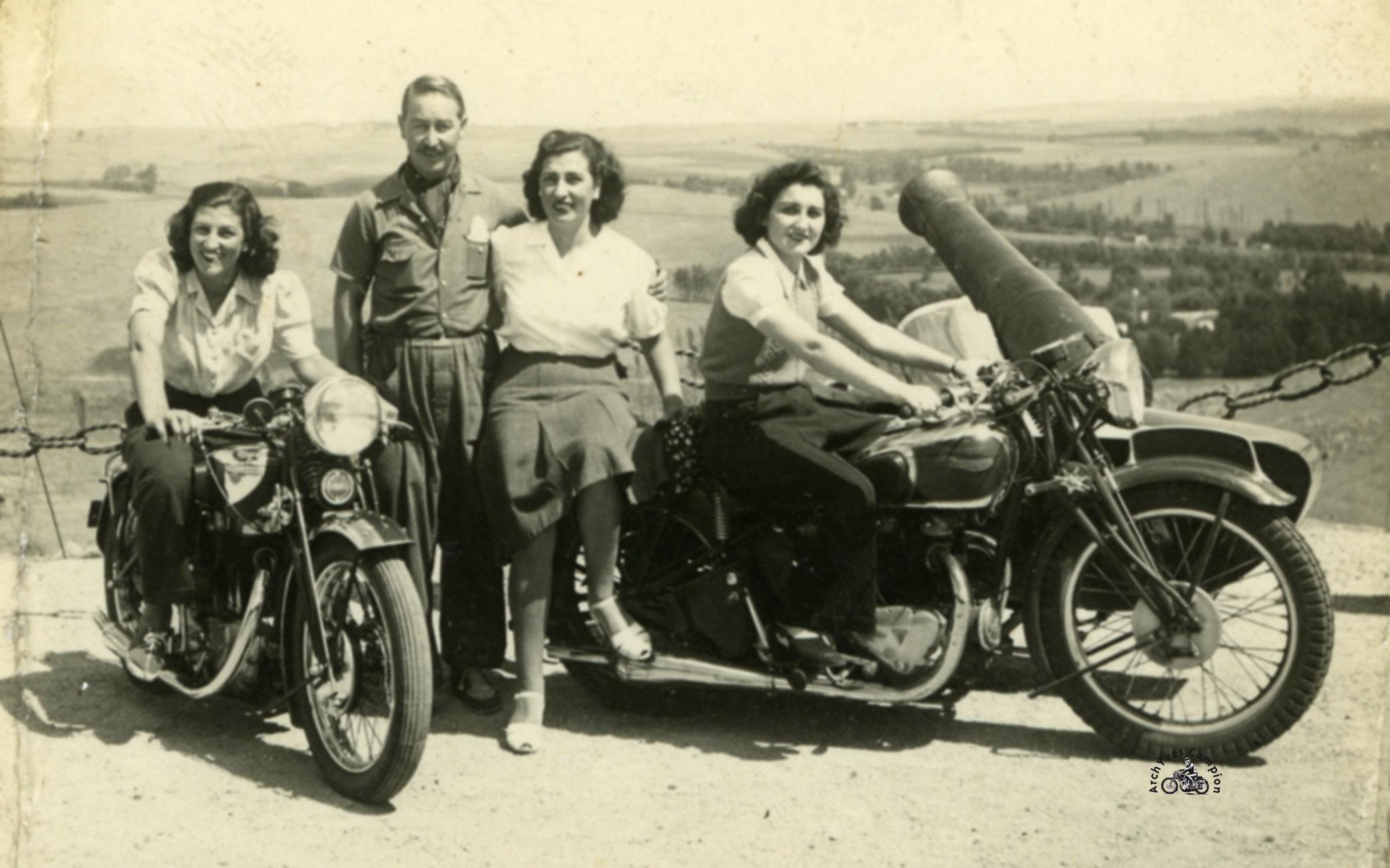 Motobécane 500 Superculasse-Triumph 500 1953s