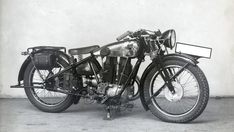 Protide réalisé par NSU en 1931. Le moteur est une réplique presque à l'identique de la Lamoco, mais la partie cycle est beaucoup plus conventionnelle. (archives musée communal d'Herstal)