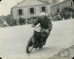 Gustave Lefevre finit 3e en 500 et 5e en 350 sur une Excelsior.