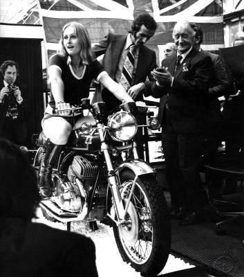 La Norton Wulf est présentée en grandes pompes au salon de Londres en 1975.