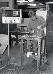 """Un autre atelier de la """"chaîne de montage"""" en 1984."""