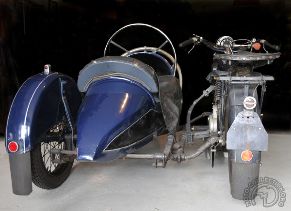 3 roues sur l'angle Praga-500-1930-side-semi-articule