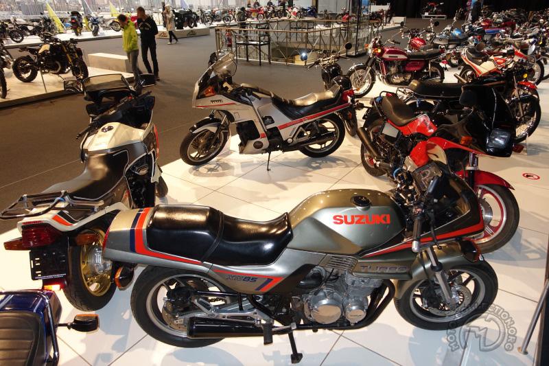 Une réunion unique des quatre motos turbo japonaises de 1981-82