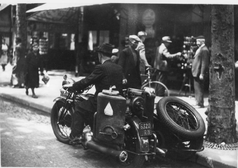 Terrot à gazogène de la SNCF en 1943.