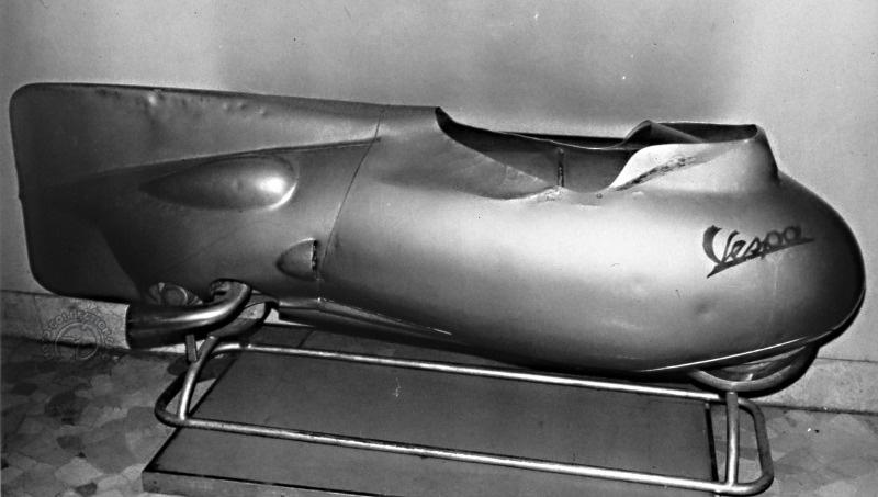 La première version du fuselage des records avec des appendices aérodynamiques légèrement différents.