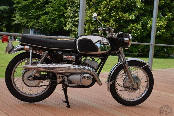 La Yamaha 305 YM2C 1967 telle que sortie de caisse.