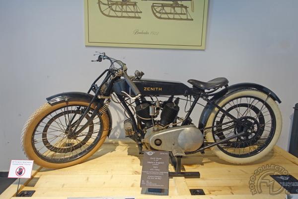 Collection Moto  Top Mountain Museum : des nouvelles du feu