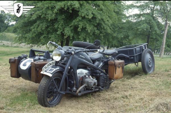 Zündapp KS 750 motocyclette motorrad motorcycle vintage classic classique scooter roller moto scooter