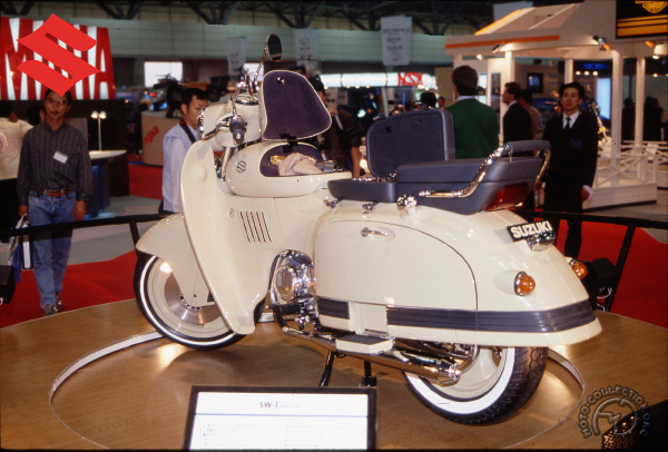 Suzuki SW 1 motocyclette motorrad motorcycle vintage classic classique scooter roller moto scooter