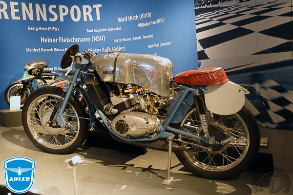 Adler MB RS course motocyclette motorrad motorcycle vintage classic classique scooter roller moto scooter