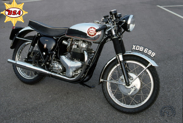 BSA A 10 Rocket Gold Star  motocyclette motorrad motorcycle vintage classic classique scooter roller moto scooter
