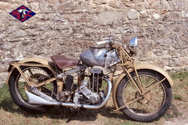 MGC  N 3  motocyclette motorrad motorcycle vintage classic classique scooter roller moto scooter