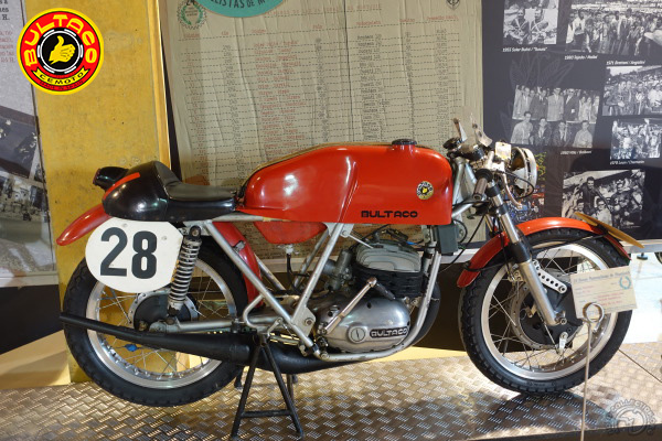Bultaco 24 horas Montjuic motocyclette motorrad motorcycle vintage classic classique scooter roller moto scooter