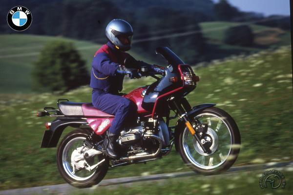 BMW R 100 GS Paris Dakar motocyclette motorrad motorcycle vintage classic classique scooter roller moto scooter