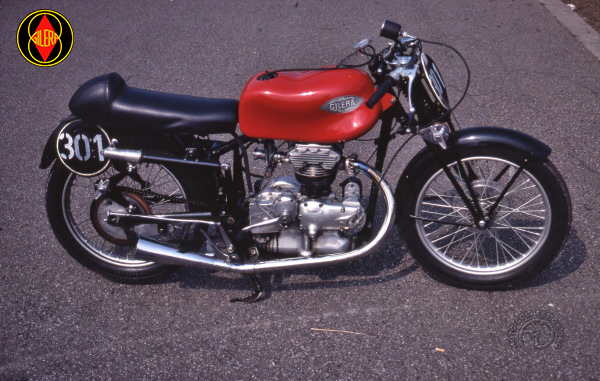 Gilera Nettuno course motocyclette motorrad motorcycle vintage classic classique scooter roller moto scooter