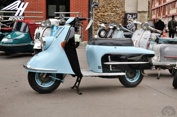 Heinkel Tourist motocyclette motorrad motorcycle vintage classic classique scooter roller moto scooter