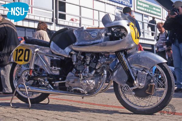 NSU Rennmax Ch. du Monde  motocyclette motorrad motorcycle vintage classic classique scooter roller moto scooter