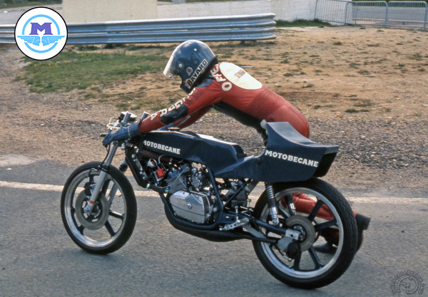Motobécane (Motoconfort) GP  motocyclette motorrad motorcycle vintage classic classique scooter roller moto scooter