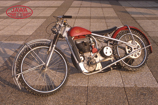 Jawa ice-race motocyclette motorrad motorcycle vintage classic classique scooter roller moto scooter
