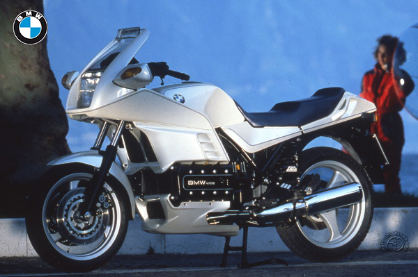 BMW K 100 RS 16s motocyclette motorrad motorcycle vintage classic classique scooter roller moto scooter