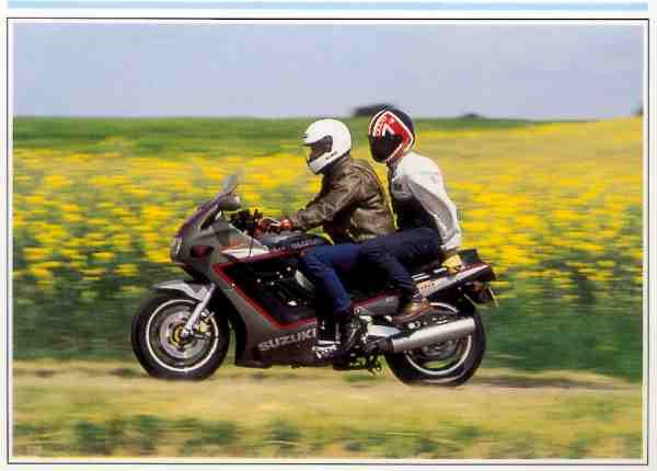 Suzuki GSX F motocyclette motorrad motorcycle vintage classic classique scooter roller moto scooter