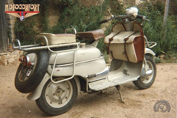 Motobécane - Motoconfort Moby SB (SVH) motocyclette motorrad motorcycle vintage classic classique scooter roller moto scooter