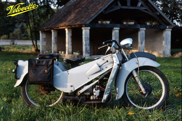 Velocette LE motocyclette motorrad motorcycle vintage classic classique scooter roller moto scooter