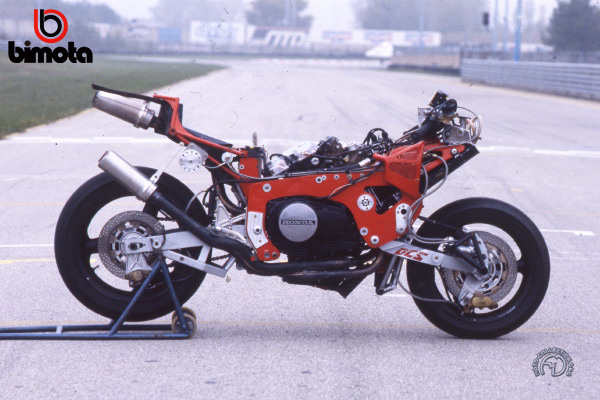 Bimota Tesi 2 motocyclette motorrad motorcycle vintage classic classique scooter roller moto scooter