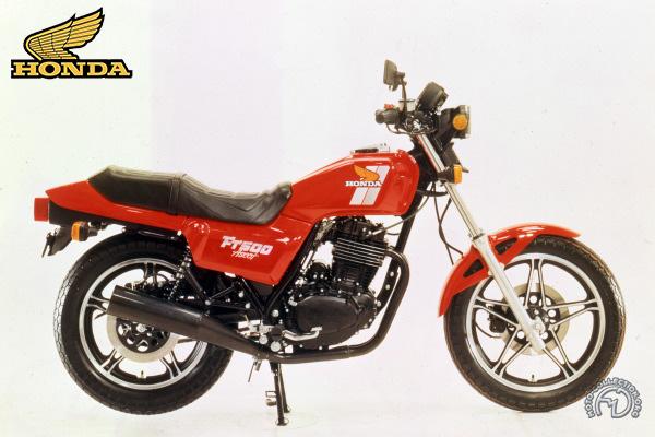 modèles de la marque honda - moto passion - moto collection