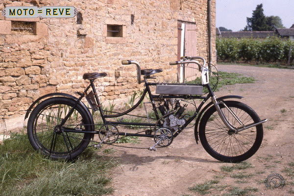 Moto Rêve type A tandem mixte motocyclette motorrad motorcycle vintage classic classique scooter roller moto scooter