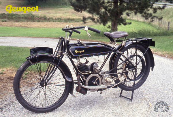 ancienne moto peugeot double selle id es d 39 image de moto. Black Bedroom Furniture Sets. Home Design Ideas