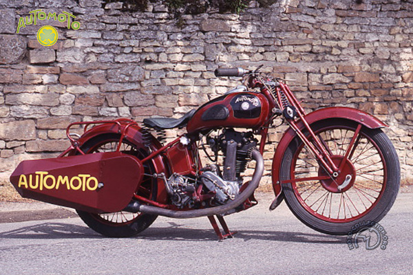 Automoto R 4 Stayer motocyclette motorrad motorcycle vintage classic classique scooter roller moto scooter